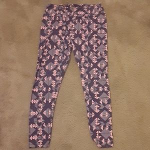 LuLaRoe Tall and Curvy Purple and Pink Leggings